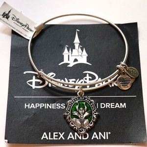 Alex And Ani Maleficent Mistress Of Evil Bangle
